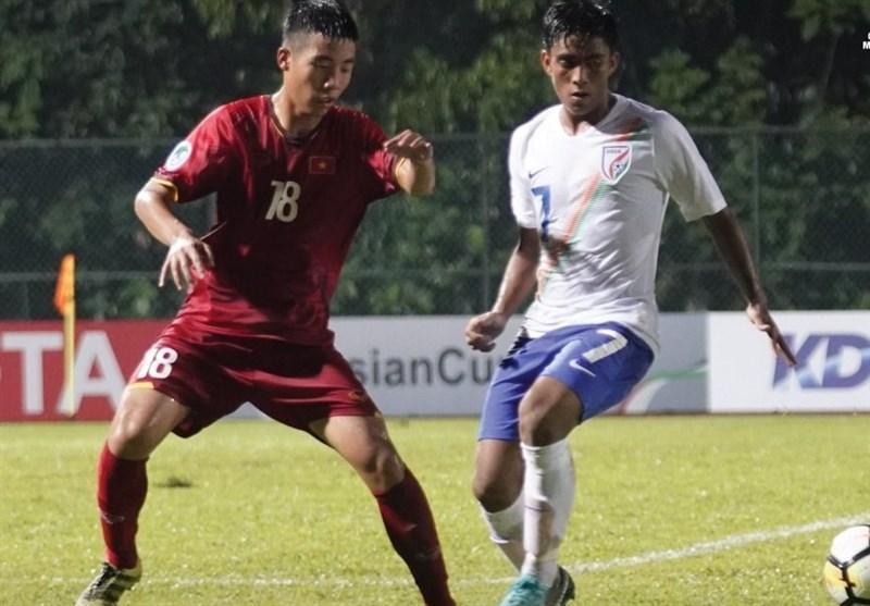 فوتبال زیر 16 سال قهرمانی آسیا، برتری هند مقابل ویتنام در جدال همگروهی های ایران، قعرنشینی شاگردان چمنیان