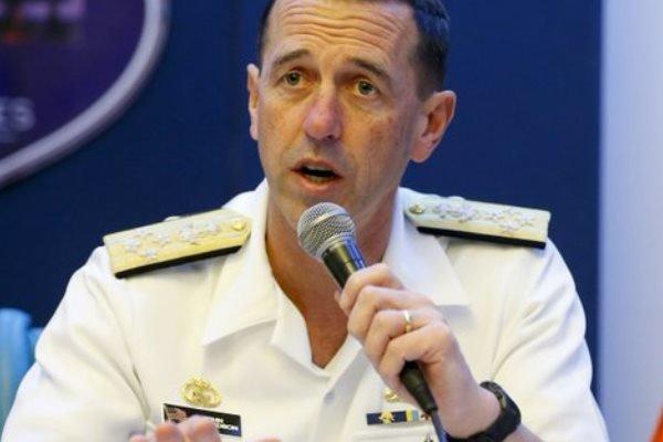 سفر رئیس بخش عملیات های دریایی آمریکا به چین
