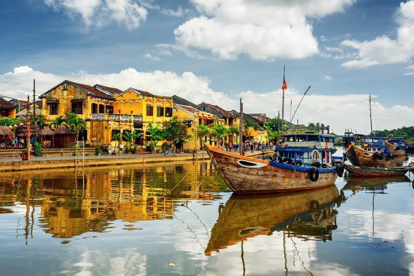 7 دلیل برای سفر به هویی آن یکی از زیباترین شهرهای ویتنام