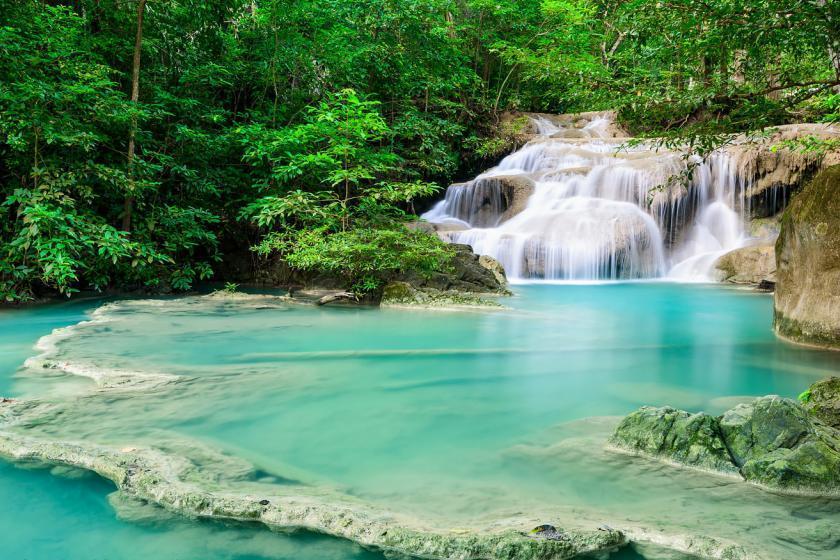 10 آبشار زیبای تایلند برای عاشقان طبیعت گردی