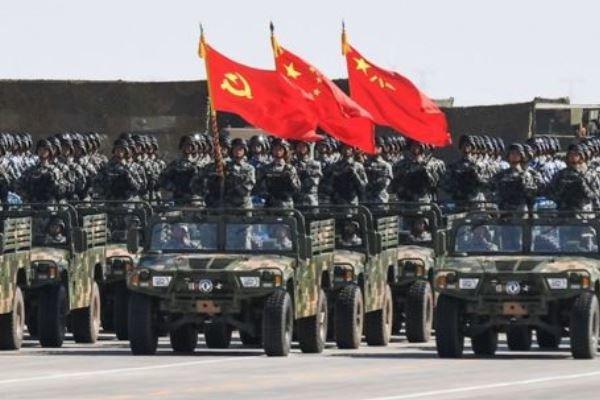 ارتش چین به حالت آماده باش در مرز هنگ کنگ مستقر شد