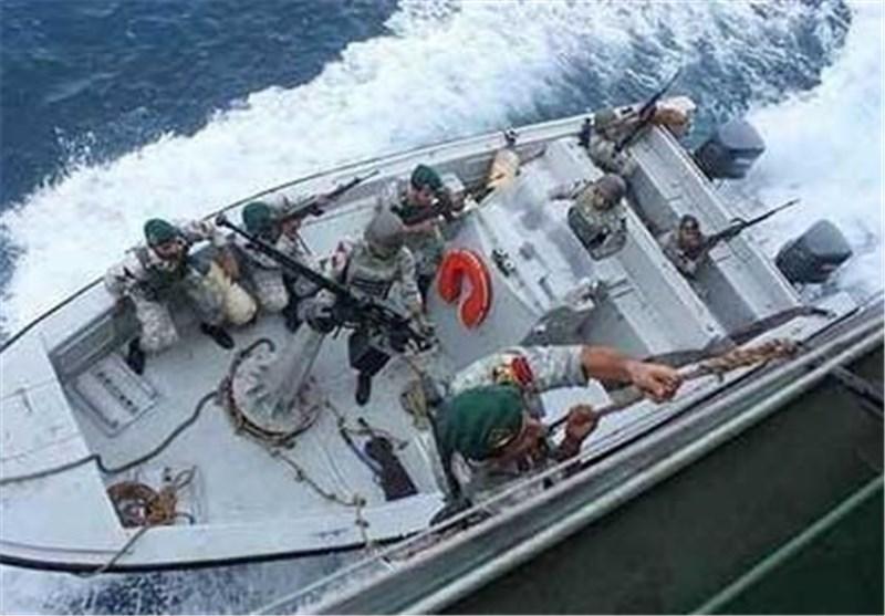 حمله دزدان دریایی به کشتی فلیپینی در دریای عمان، شناورهای نداجا کشتی را نجات دادند