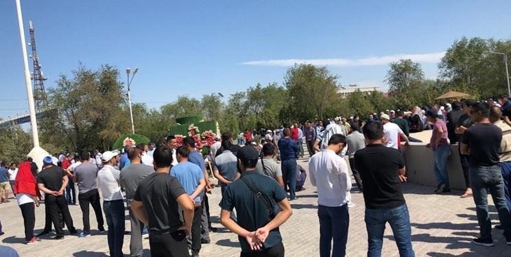 بازداشت 54 شهروند قزاق به اتهام حضور در تجمع های ضدچینی