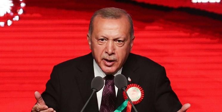 اردوغان: آمریکا با پول هم به ما سلاح نمی فروشد، اما به تروریست ها رایگان سلاح می دهد