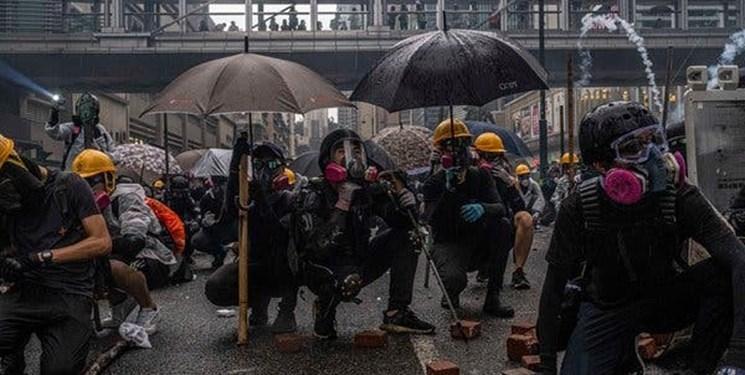 معترضان هنگ کنگ با خواندن سرود ملی آمریکا و انگلیس خواهان جدایی از چین شدند