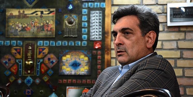 شهردار تهران درخصوص نصب دکل های مخابراتی تذکر گرفت