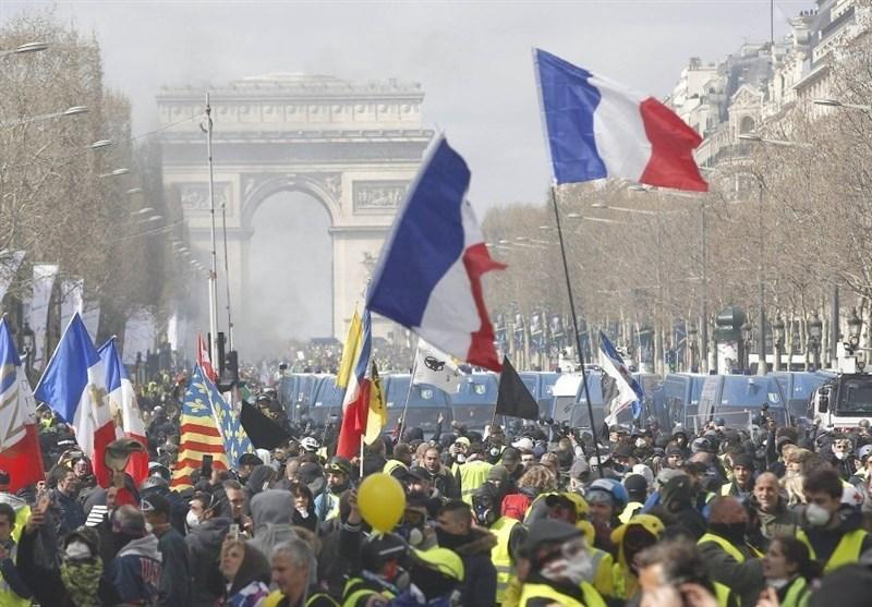 تظاهرات هزاران فرانسوی در اعتراض به طرح بازنشستگی جدید دولت