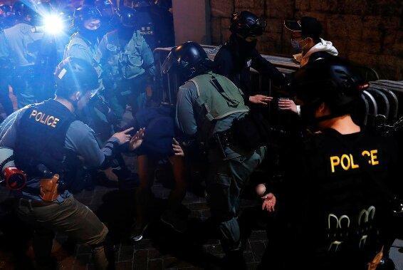 رویترز: اکثر هنگ کنگی ها حامی جنبش ضد دولتی هستند