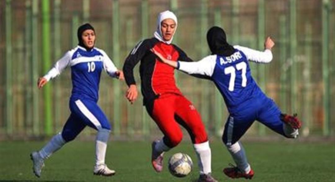 پیروزی پرگل پالایش گاز در لیگ برتر فوتبال بانوان