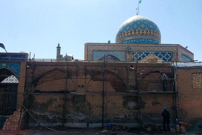 خبرنگاران اقدام غیرفنی در بازسازی بقعه امامزاده حسین(ع) قزوین رخ نداده است