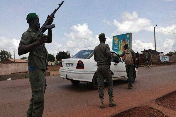 کشته و زخمی شدن 9 نظامی مالی