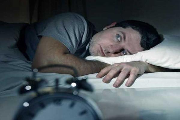 توصیه های غذایی برای داشتن خواب آرام شبانه
