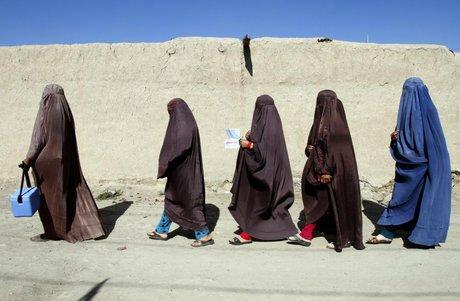 نگرانی ها از به خطر افتادن حقوق زنان در افغانستان