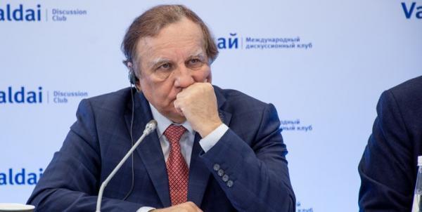 دیپلمات روس: مردم سوریه حق مشخص سرنوشت خود را دارند