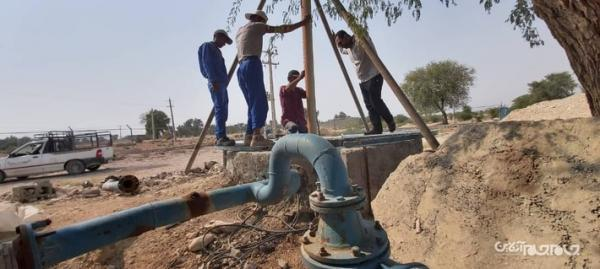 کف شکنی چاه های پارسیان برای تامین آب مورد احتیاج شهروندان