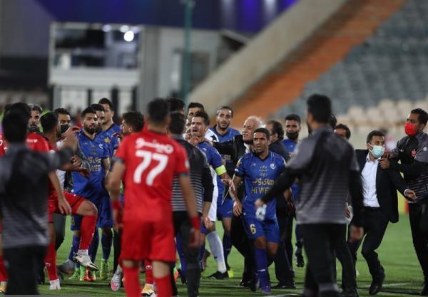 غلامپور: چشم های عقابی یاری داور درگیری را دید، پنالتی استقلال را ندید، فکر کردم بازیکن پرسپولیس به مجیدی حمله کرد