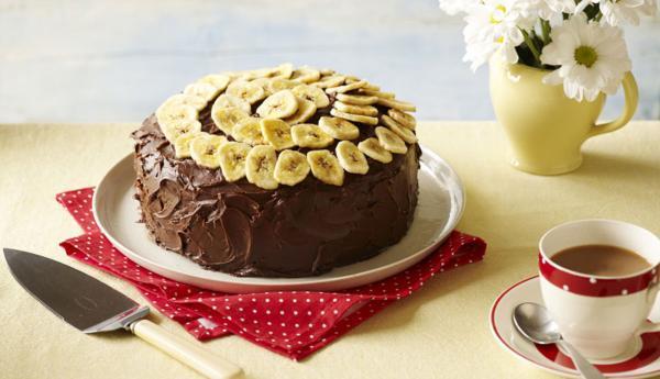طرز تهیه کیک شیر موز شکلاتی، لطیف و خوشمزه