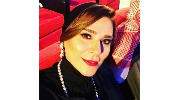 سحر دولتشاهی با لباس خیلی مردانه در خارج !